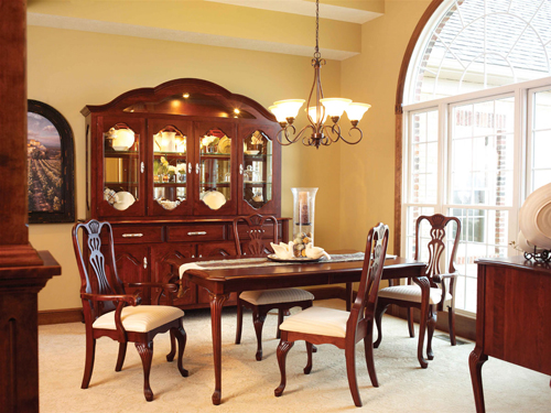 Regal Collection Dining Room Set
