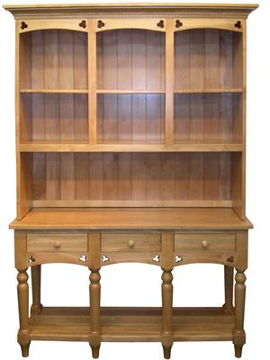Traditionally Custom-Crafted Clover Hutch