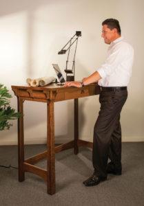 Manitoba Standing Desk