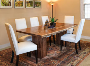 Rio Vista Trestle Dining Room Set