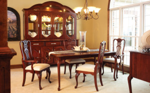 regal-dining-set-600x500