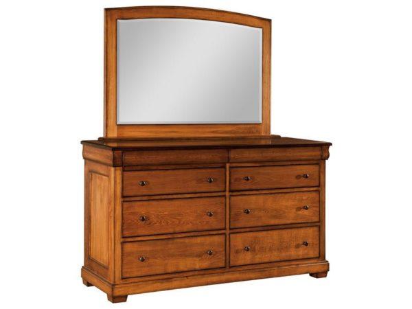 Amish Marshfield Eight Drawer Dresser