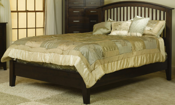 Amish Cambrai Mission Low Footboard Bed