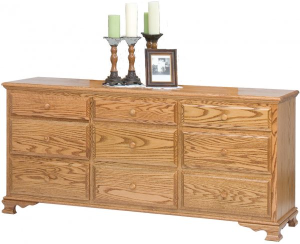 Amish Heritage 9 Drawer Dresser
