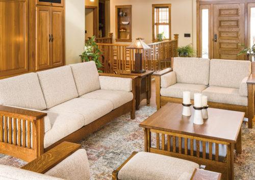 Pioneer Family Room Set