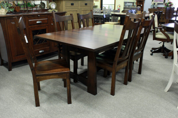 Amish Trenta Dining Table Set In Stock
