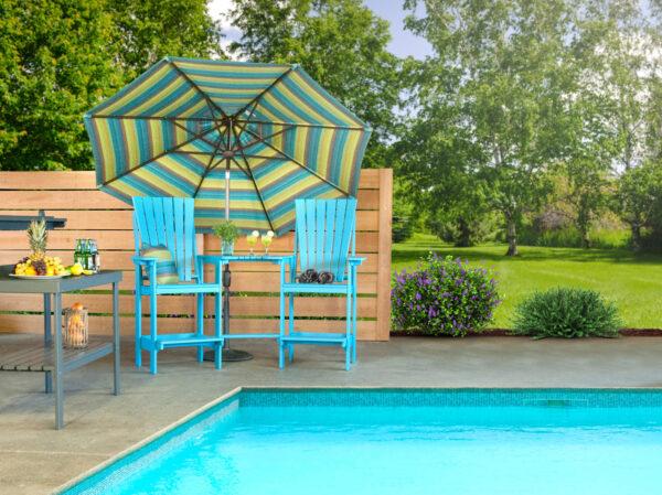 Poolside Patio Setting