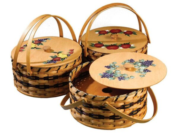 Amish Brook Double Pie Carrier with Painted Lid